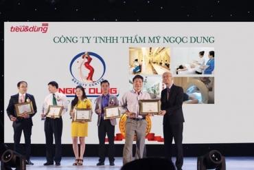 Thẩm mỹ viện Ngọc Dung được trao 2 giải Tin và Dùng Việt Nam 2016