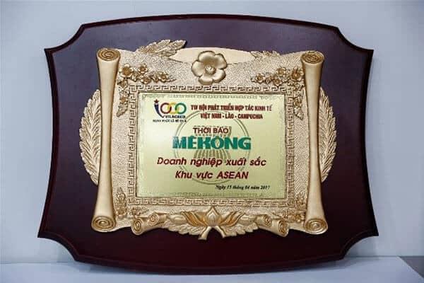 Doanh-nghiệp-xuất-sắc-khu-vực-Asean-2017