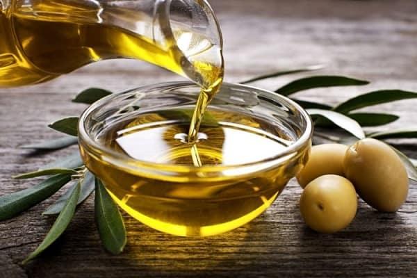 Dầu oliu được sử dụng trong việc làm đẹp