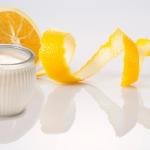 trị thâm mông bằng vỏ cam và sữa chua
