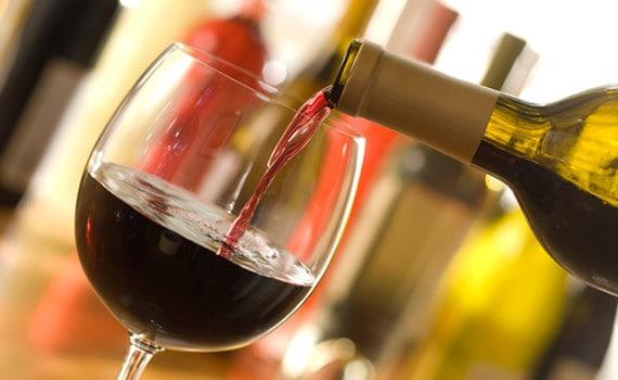 rượu vang được dùng để làm đẹp