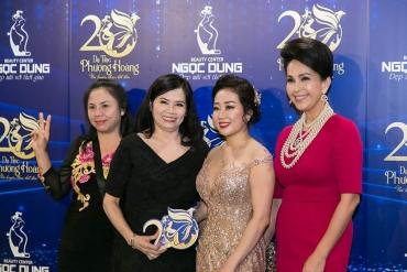 Tổng Giám đốc TMV Ngọc Dung rạng rỡ xuất hiện tại sự kiện 20 năm
