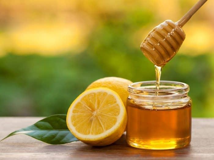 Cách xóa nếp nhăn bằng mật ong
