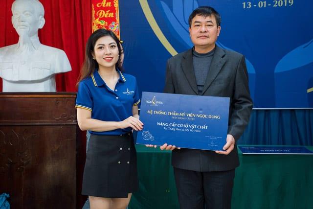 Quỹ từ thiện ngọc dung tặng quà cho trung tâm bảo trợ Hà Nam