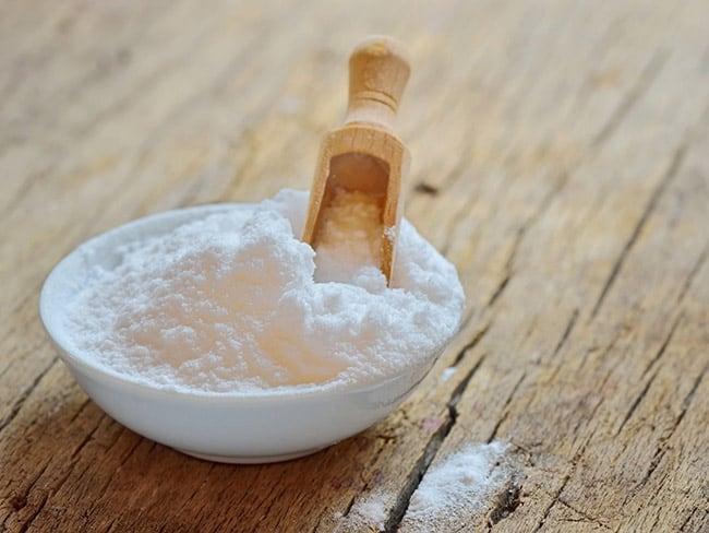 tri-tham-moi-bang-baking-soda