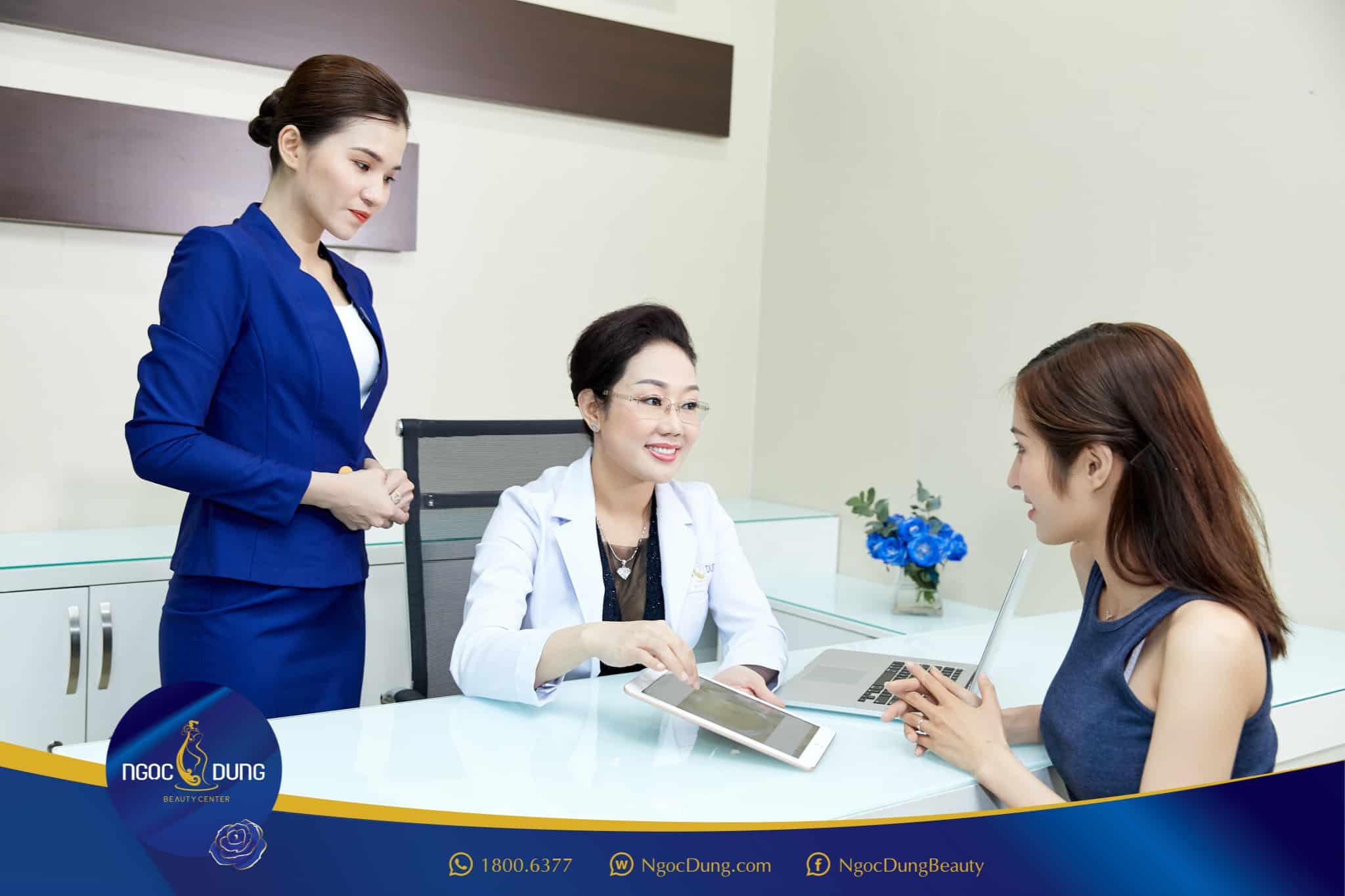 Trước khi thực hiện dịch vụ, khách hàng sẽ được thăm khám và cam kết hiệu quả sau liệu trình