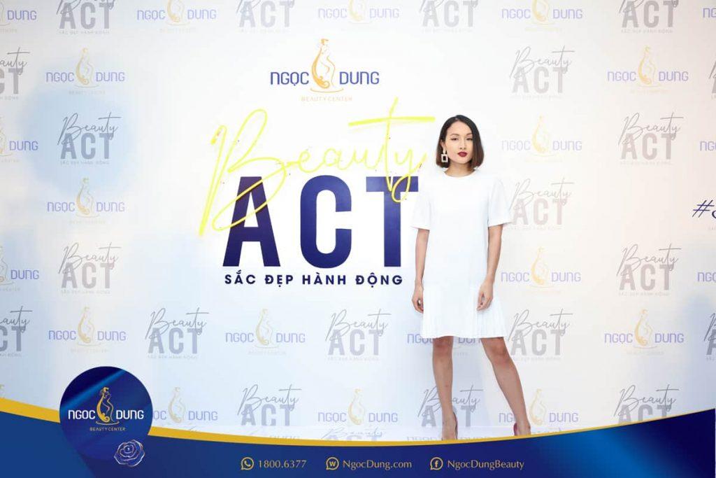 Hình ảnh Vlogger Giang ƠI tại sự kiện Beauty Act của TMV Ngọc Dung