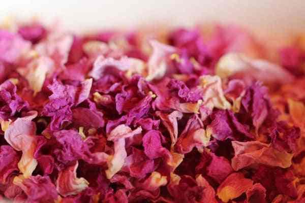 hoa hồng với bột yến mạch 1