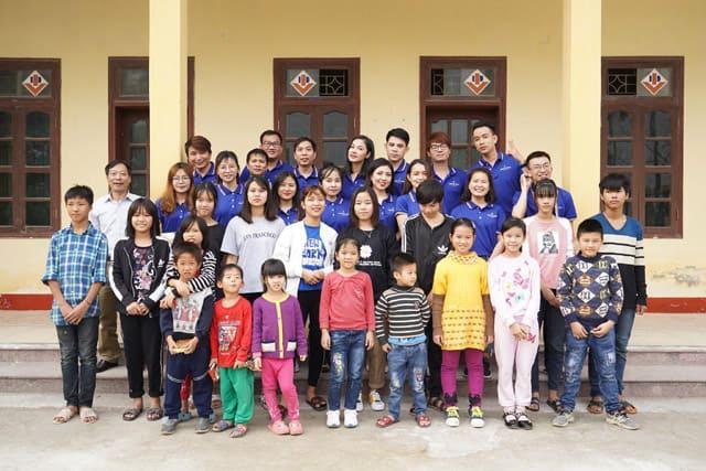 Chương trình từ thiện Tết Ấm Hà Nam do Hệ thống Thẩm mỹ viện Ngọc Dung tổ chức